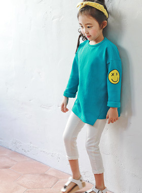 "<font color=#4bb999>* JKIDS 2017 S / S *</font> <br>グッデイオンバルティー<br> <font color=""#9f9f9f"">♡アンバランスカット♡ <br>ピョンピョンはねるプリンティング!</font> <br> <font color=""#a84c59"">*着遅延* <br> 28日入庫予定<br></font>"