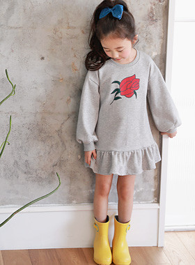 "<font color=#4bb999>* JKIDS 2017 S / S *</font> <br>ダイアナワンピース<br> <font color=""#9f9f9f"">♡素敵な裾フリル♡ <br>背面のリボン紐ポイント!</font>"