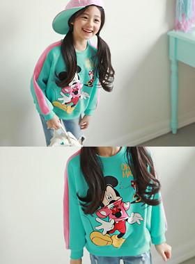 """オミッキーマンツーマン<br> <font color=""""#9f9f9f"""">♡可愛らしいミッキー、ミニー♡ <br>爽やかなカラーの袖配色!</font>"""